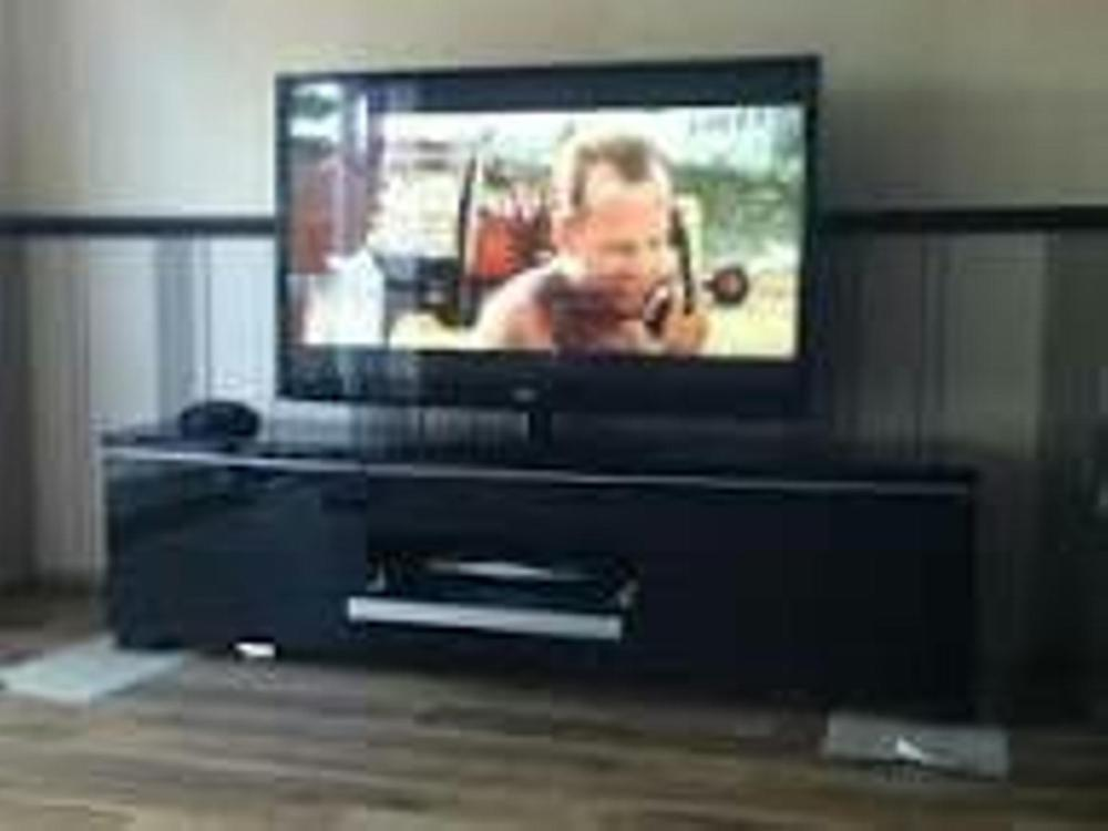 Black Gloss Tv Stand Ikea
