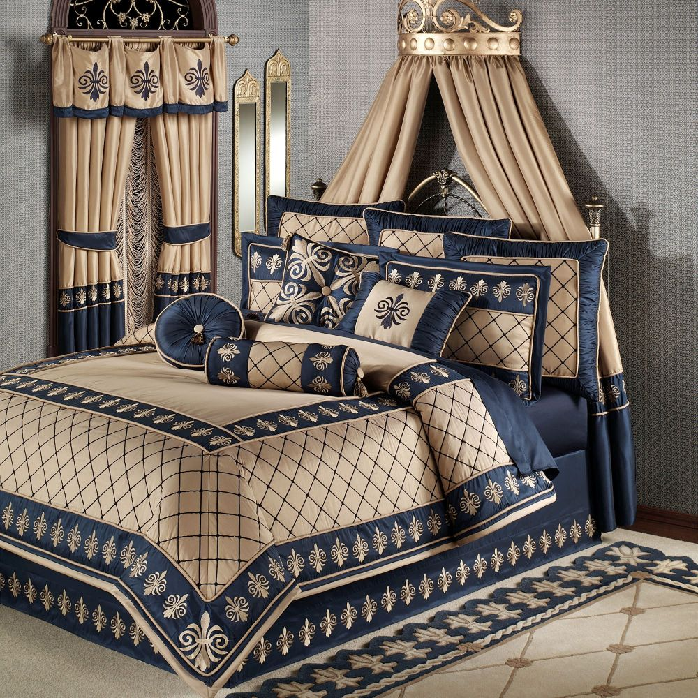 Blue And Cream Comforter Set